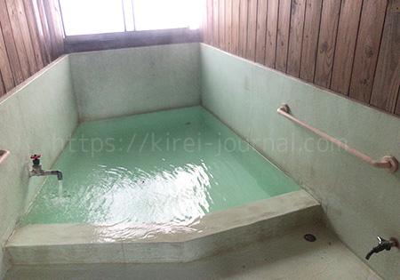 瑠璃乃湯(るりのゆ)湯船